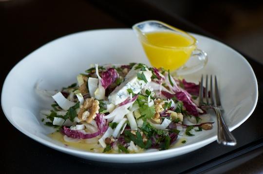 Radicchio and endive salad with gorgonzola and honey vinaigrette olive oil and lemons - Pizzeria venecia marbella ...