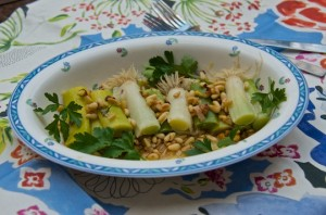 Leeks vinaigrette with nuts and seeds