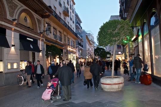 Evening stroll in Sevilla