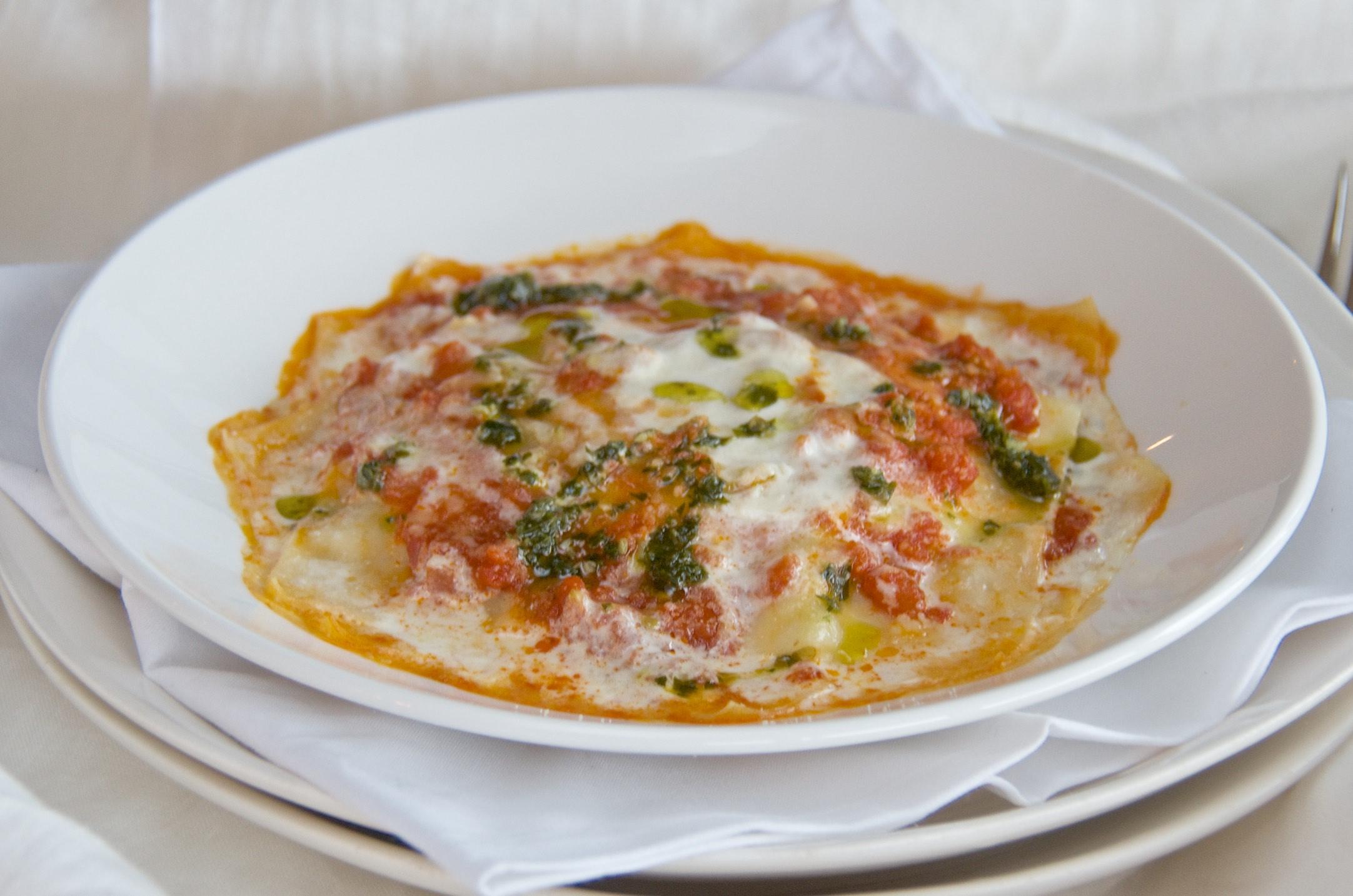 Free form lasagna with ricotta and kale olive oil and lemons dina honke - Pizzeria venecia marbella ...