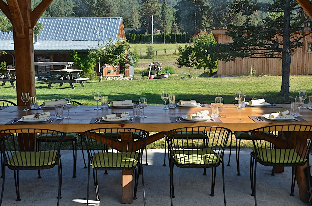 arth to table dinner at Sunshine farm Kelowna