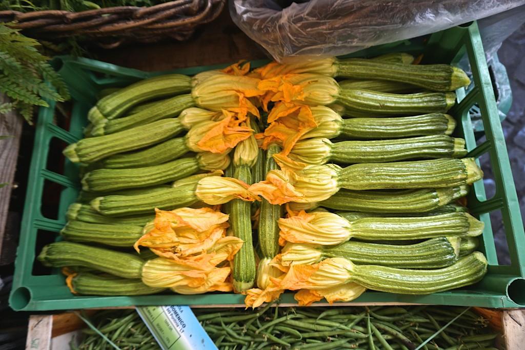 Flor de zucca (zucchini flowers)