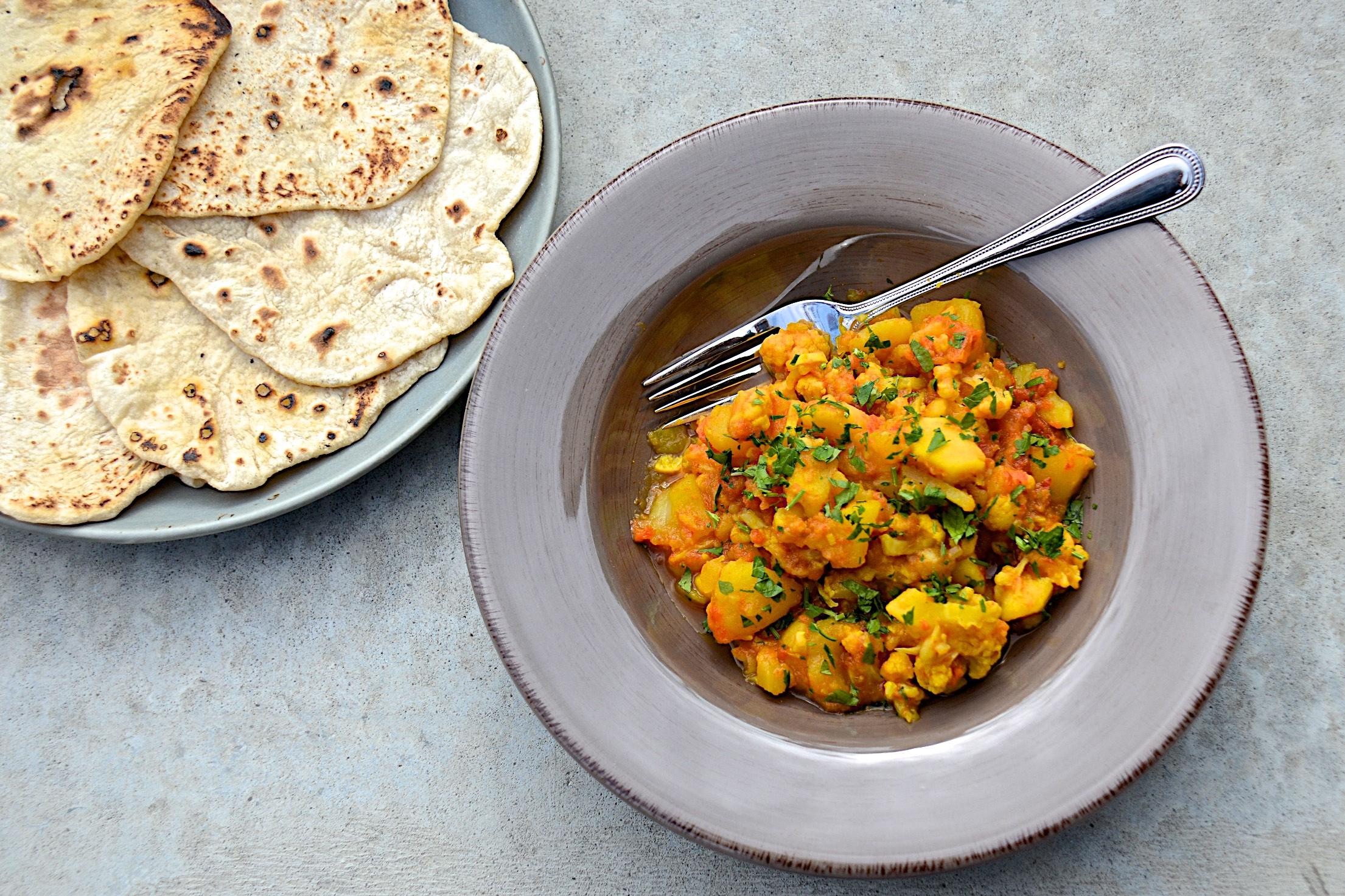 Aloo gobi with Indian roti