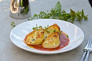 Ricotta stuffed shells in tomato sauce