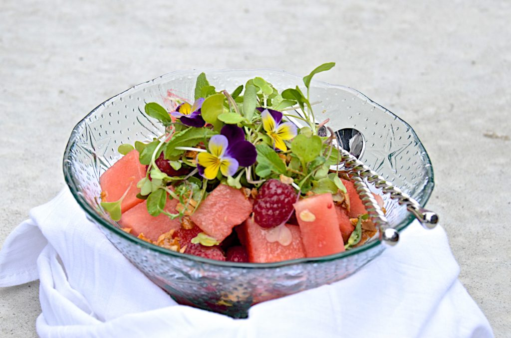 Watermelon and raspberry salad with maple vinagrette