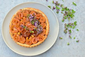 Apple roses tart with thyme.