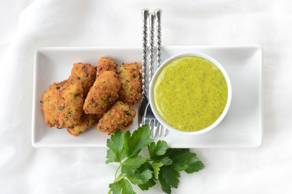 Artichoke fritters with sorrel aioli