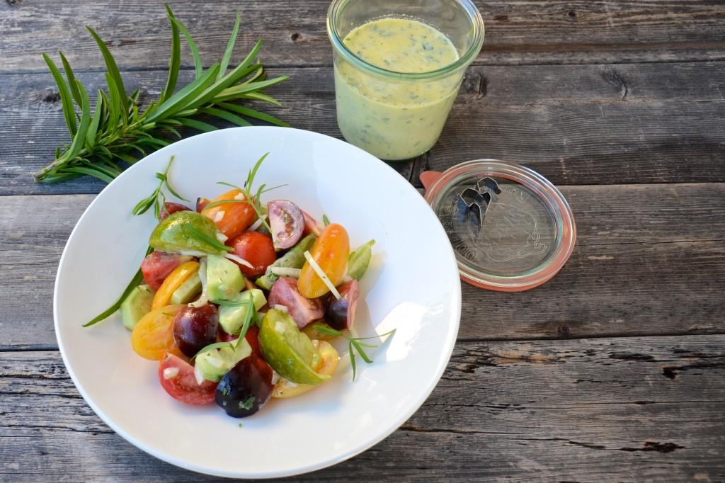 Tomato salad with tarragon dressing