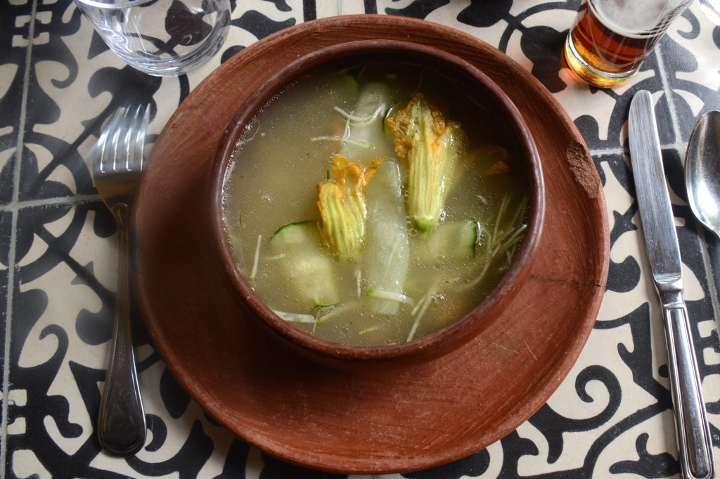 Corn and vegetables soup, Apoala