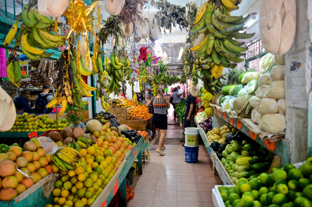 Produce section, Mercado 23, Cancun