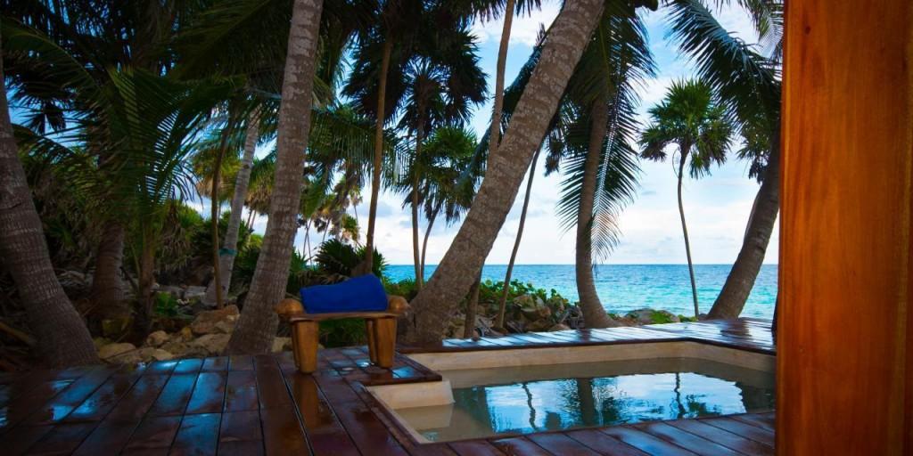 Sea front room patio, Mi Amor