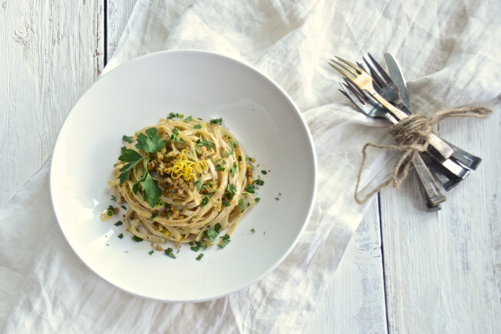 Pasta with nut pesto