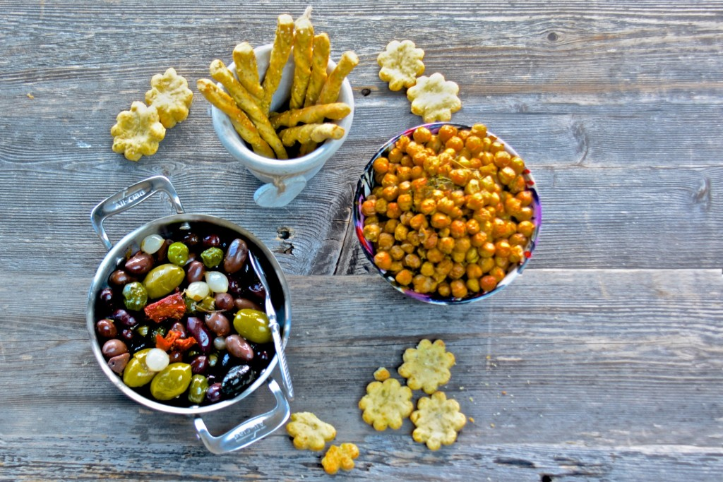 Thyme roasted olives and chickpeas