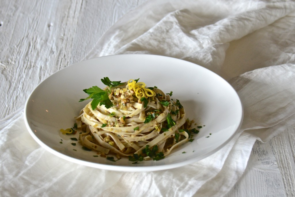 Pasta with 4 nut nut pesto
