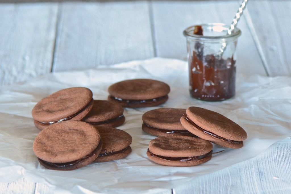 Chocolate cookies with chocolate ganache