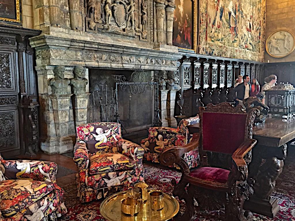 Grand salon at Hurst Castle