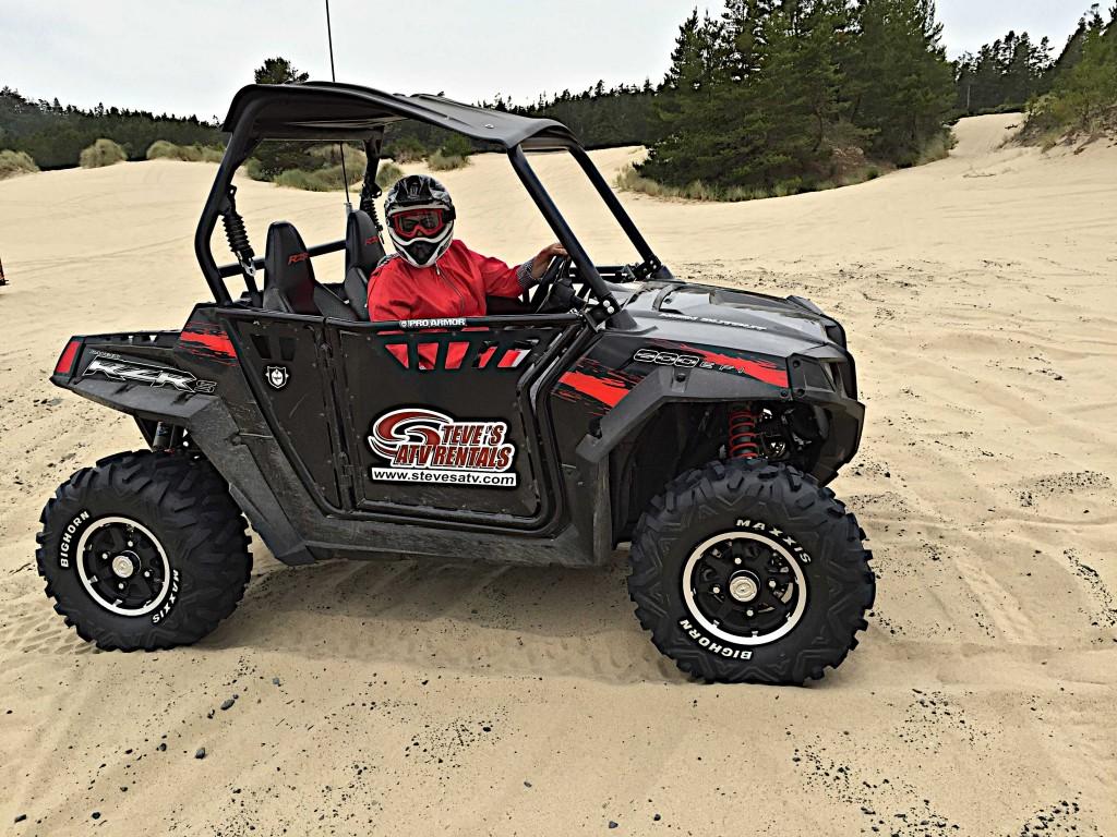 Dune buggy on Oregon dunes