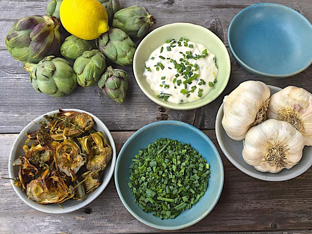 Fried baby artichokes with lemon aioli