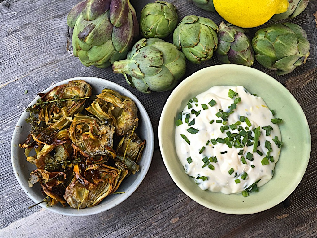 Fried baby artichokes with lemon aioli
