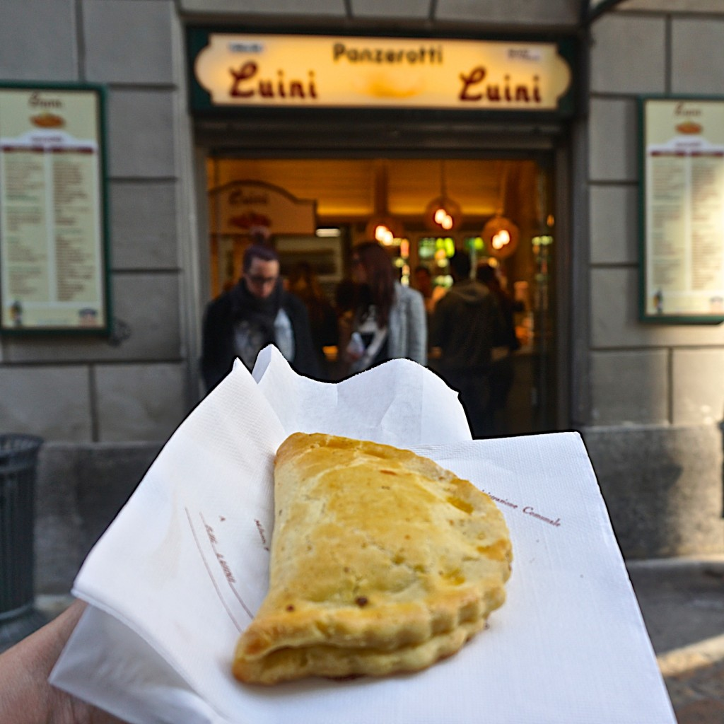 Panzerotti dolce with chestnuts