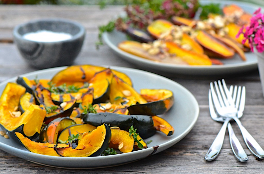 Roasted acorn squash with balsamic crema