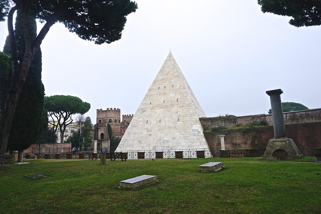 The pyramid at the Non-Catholic Cemetery in Testaccio