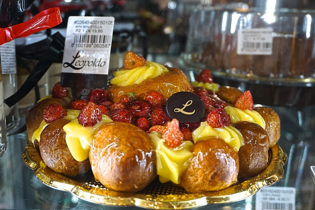 Pastries at Leopoldo, naples