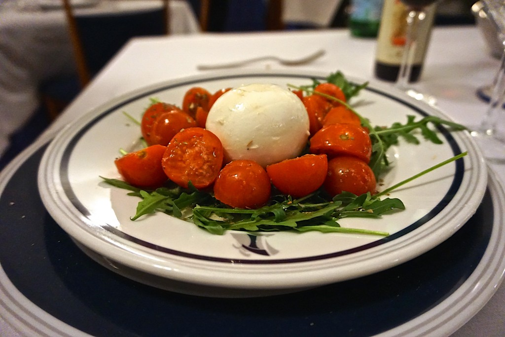 Tomatoes with fresh mozzarella, Transatlantico, Naples