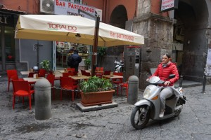 Scooters, Naples