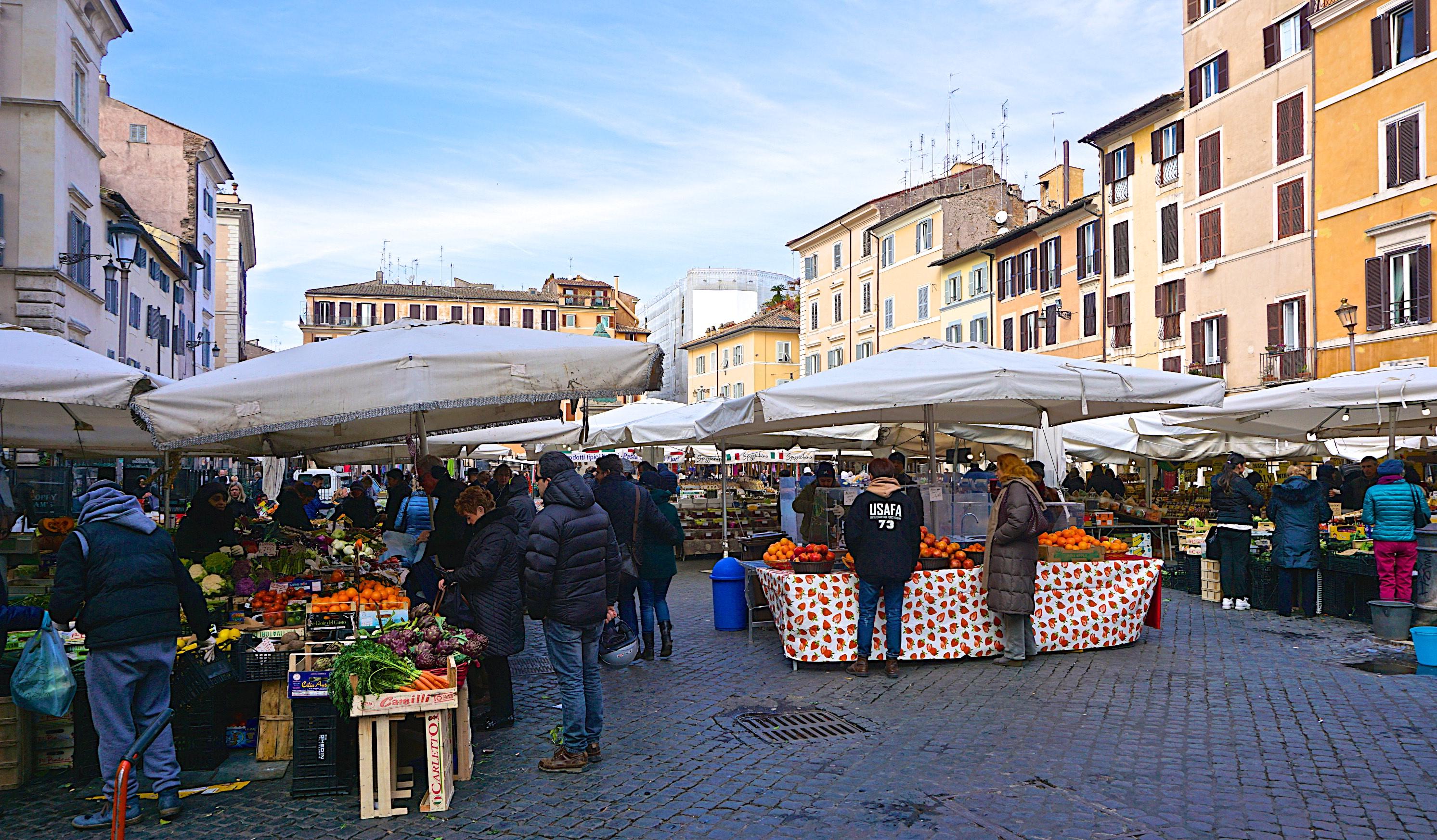 Campo Fiori.The Markets Of Rome Campo De Fiori Market Rules And Foodie