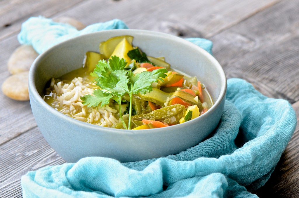 Thai coconut-vegetables soup with brown rice