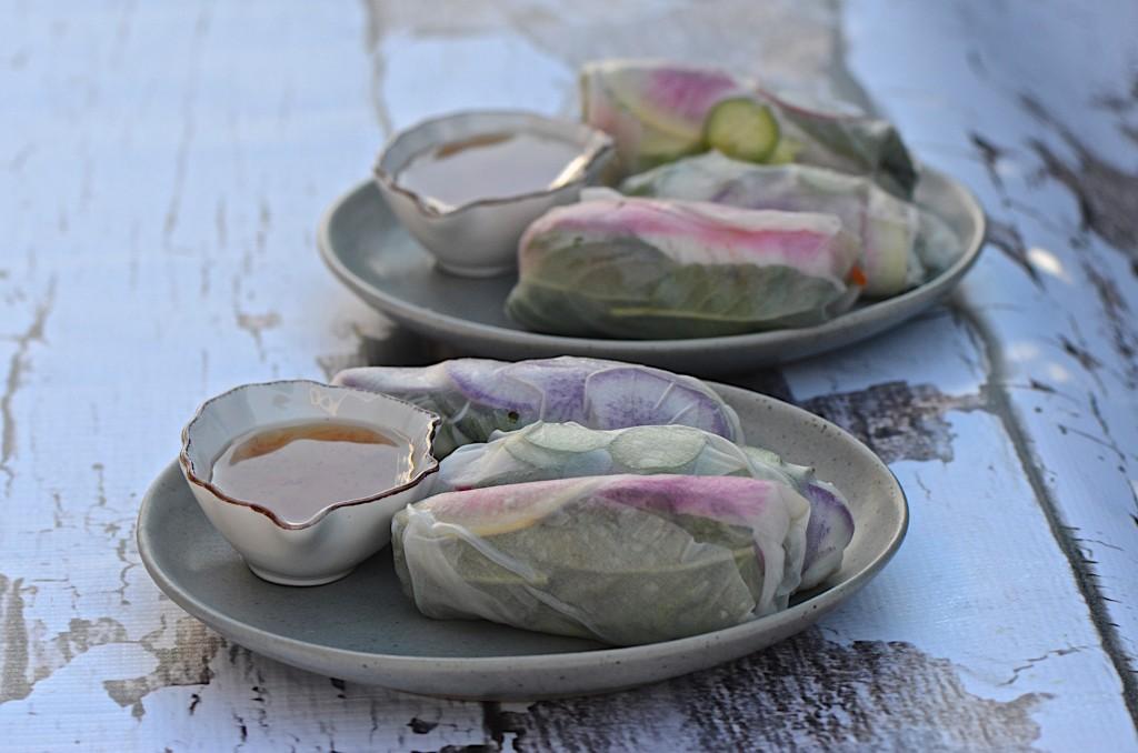 Radish salad rolls
