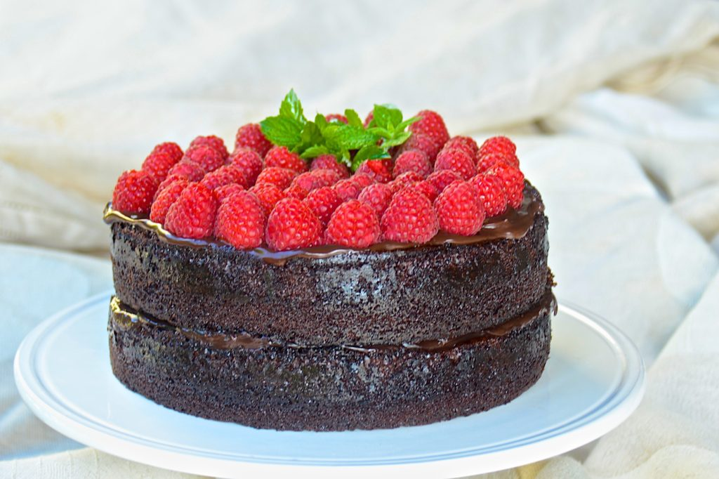 Chocolate cake with chocolate ganache and raspberries